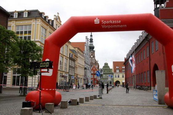 Info-Blatt für die Läuferinnen und Läufer des 10. Greifswalder Citylaufs