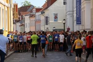 Bilder vom 8. Greifswalder Citylauf 2014 (Start)