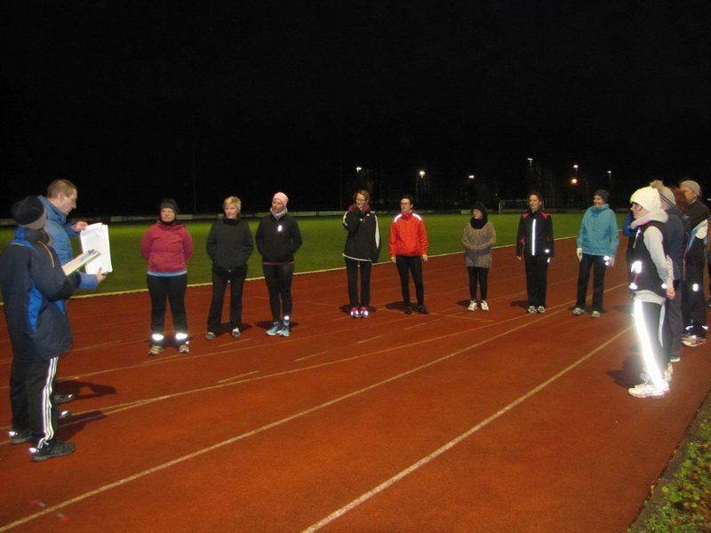 16 Teilnehmer begannen Laufkurs für  Anfänger zur Citylaufvorbereitung